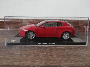 Hachette Alfa Romeo Brera 1750 Tbi 1/24 - 2009 - czerwona fot. K. Lazecký